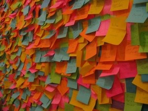 post_it_note_wall